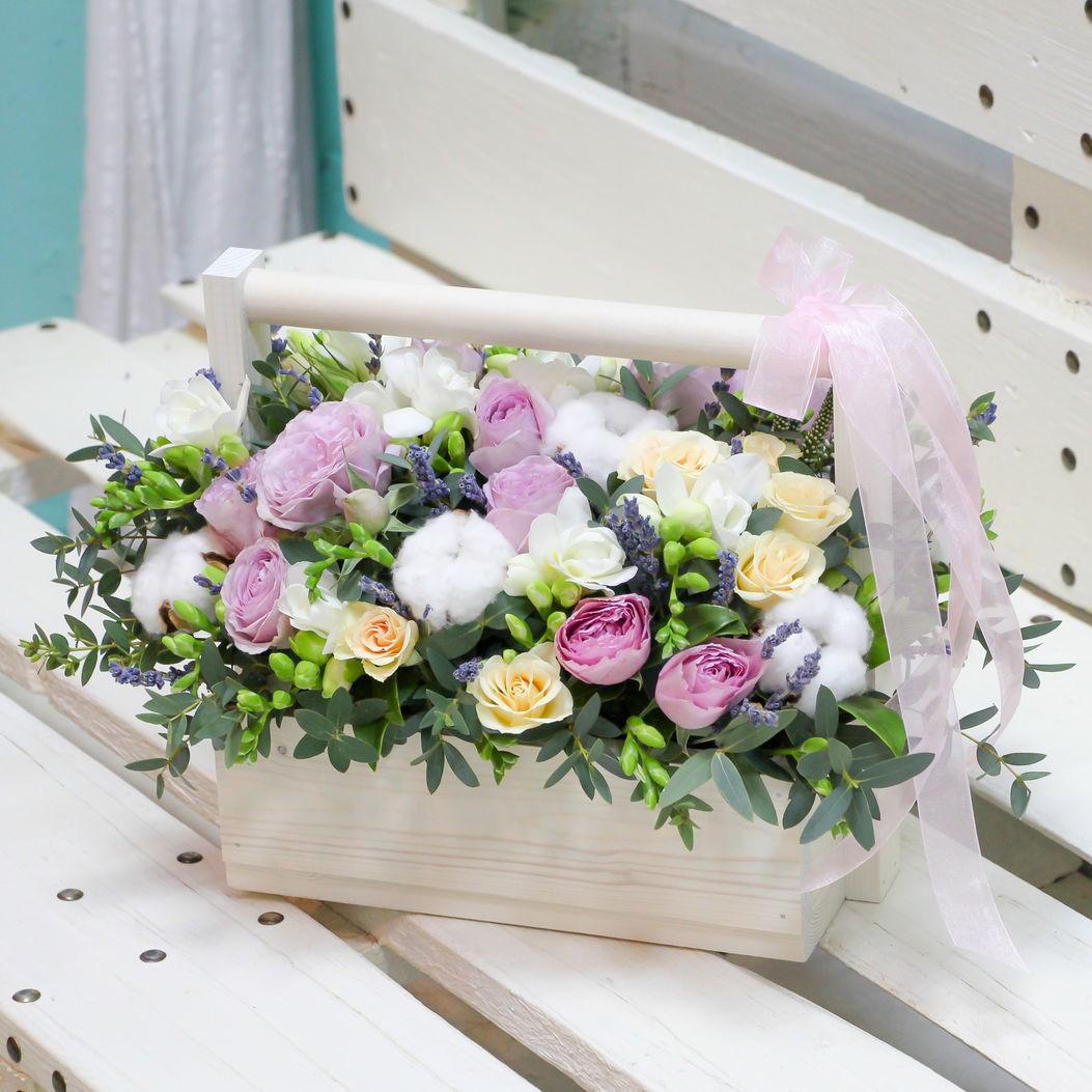 Ящик с цветами фото
